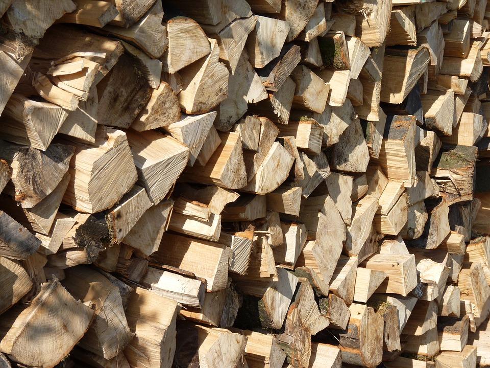 Heizen mit Holz: Auf regionale Herkunft achten
