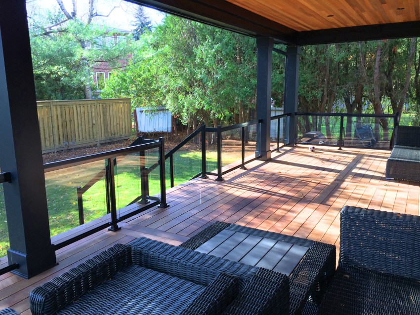 Renaissance Rail aluminum and glass railings, black, on a backyard deck in Burlington, ON