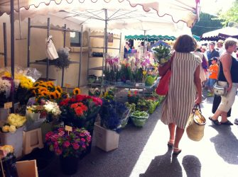 Provence Lourmarin Rent-Our-Home markets
