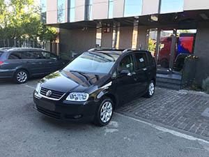 Volkswagen Touran masini de inchiriat Cluj