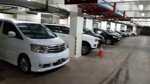 Daftar harga price list sewa rental mobil pengantin murah kelapa hading jakarta