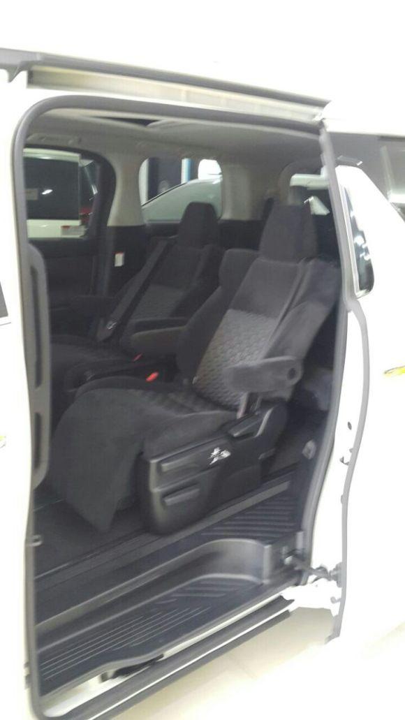 review mobil alphard vellfire interior cabin mewah dan luas