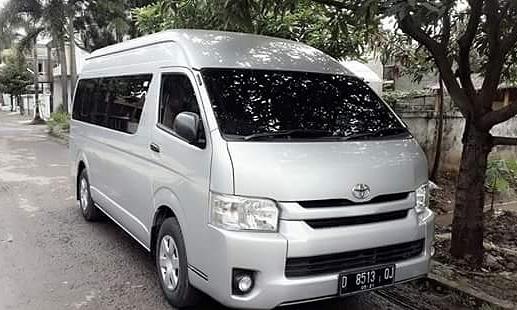 Pilih Rental Mobil di Bandung untuk Mendampingi Wisata Anda