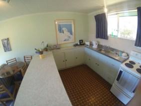 185A-Fernhill-Road-Kitchen-bwww.rentaroom.org_.nz_-1024x768