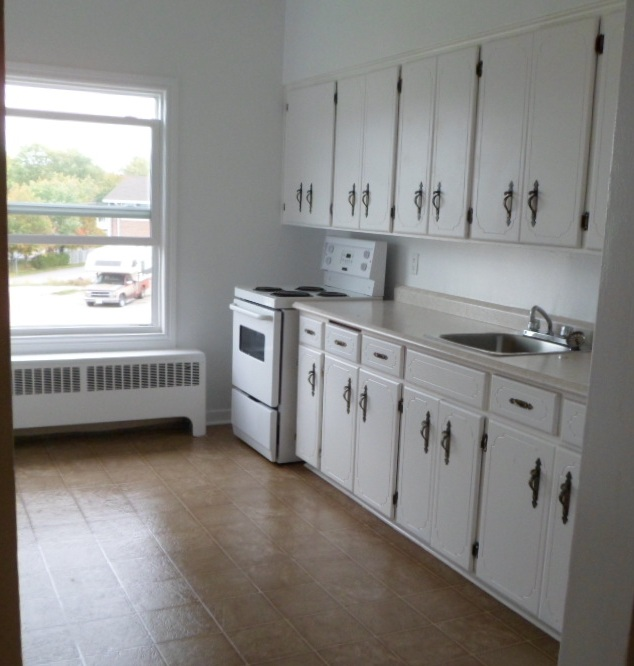 Hillcrest Place Kitchen Apartment Living In Beautiful Elliot Lake