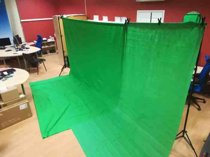 Rohelise 4.5m backdrop süsteemi rent 1