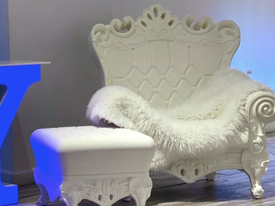 white throne rental nyc