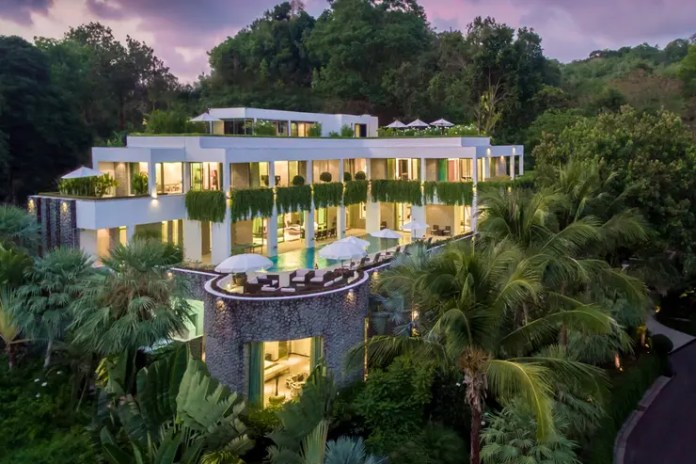 Waterfall Bay Villa in Phuket