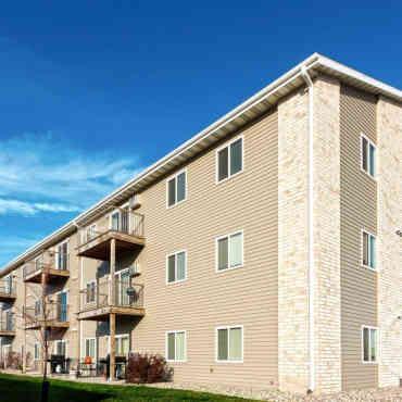 Urban Meadows Apartments  Fargo ND 58104