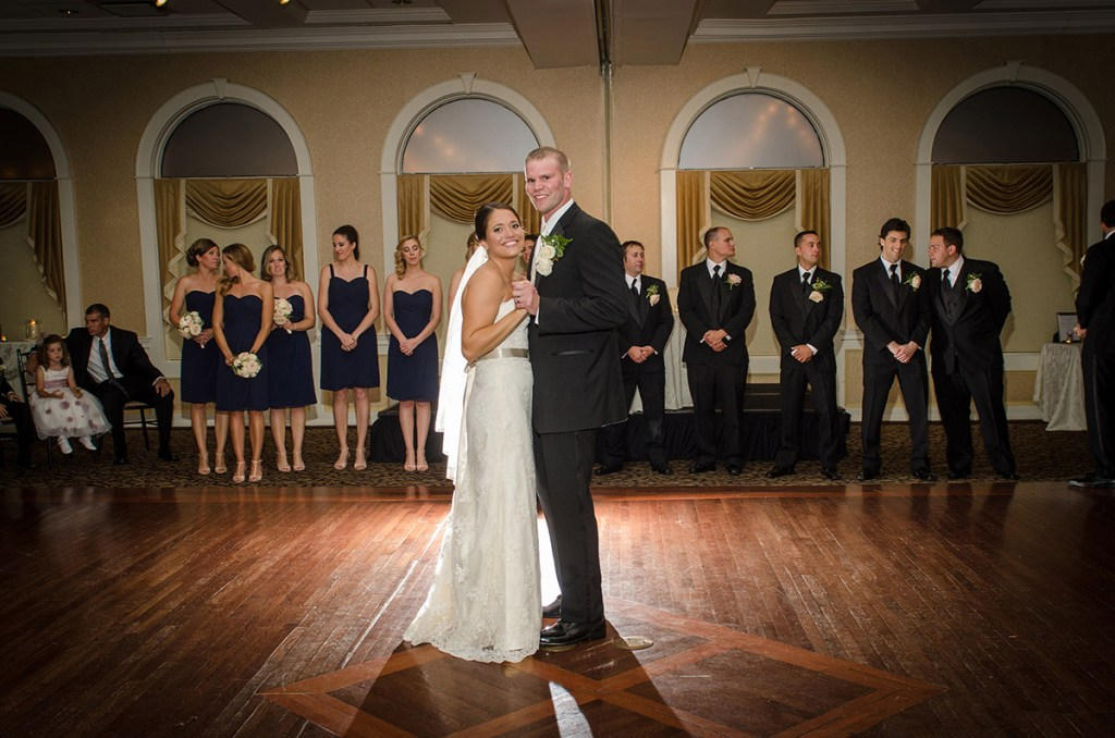 Glen Sanders Mansion - Renzi Photography - First Dance