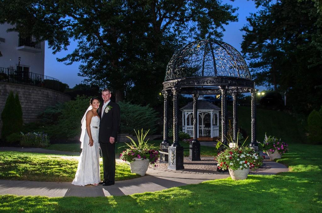 Glen Sanders Mansion Wedding - Renzi Photography - Twilight