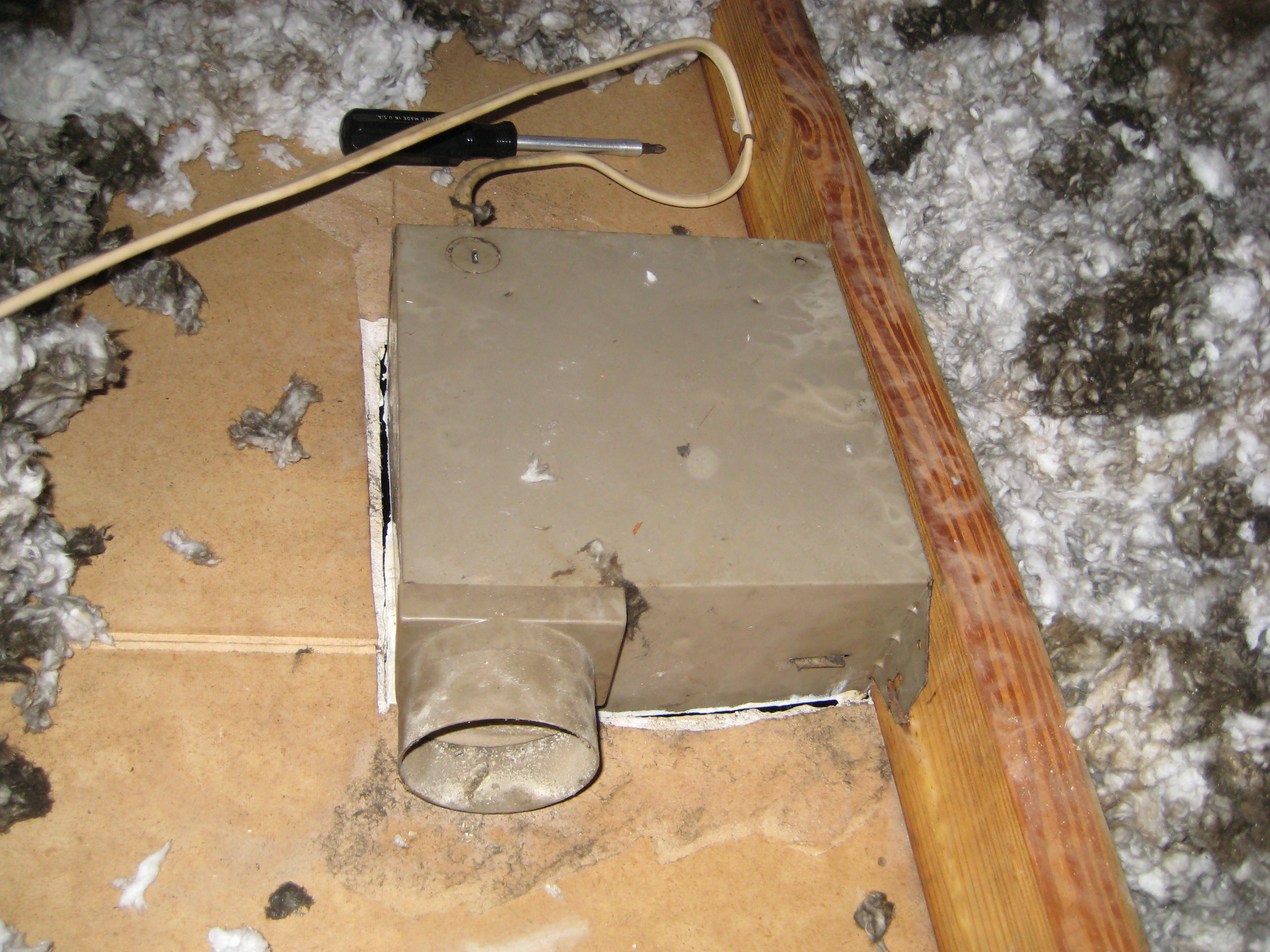 https reofun wordpress com 2012 11 04 whoa what happened to my bathroom vent