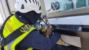 abseilers cladding installation