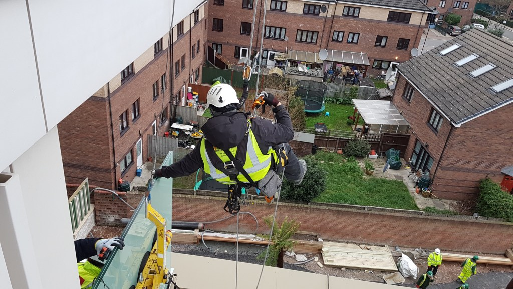rope access balustrade glass installation