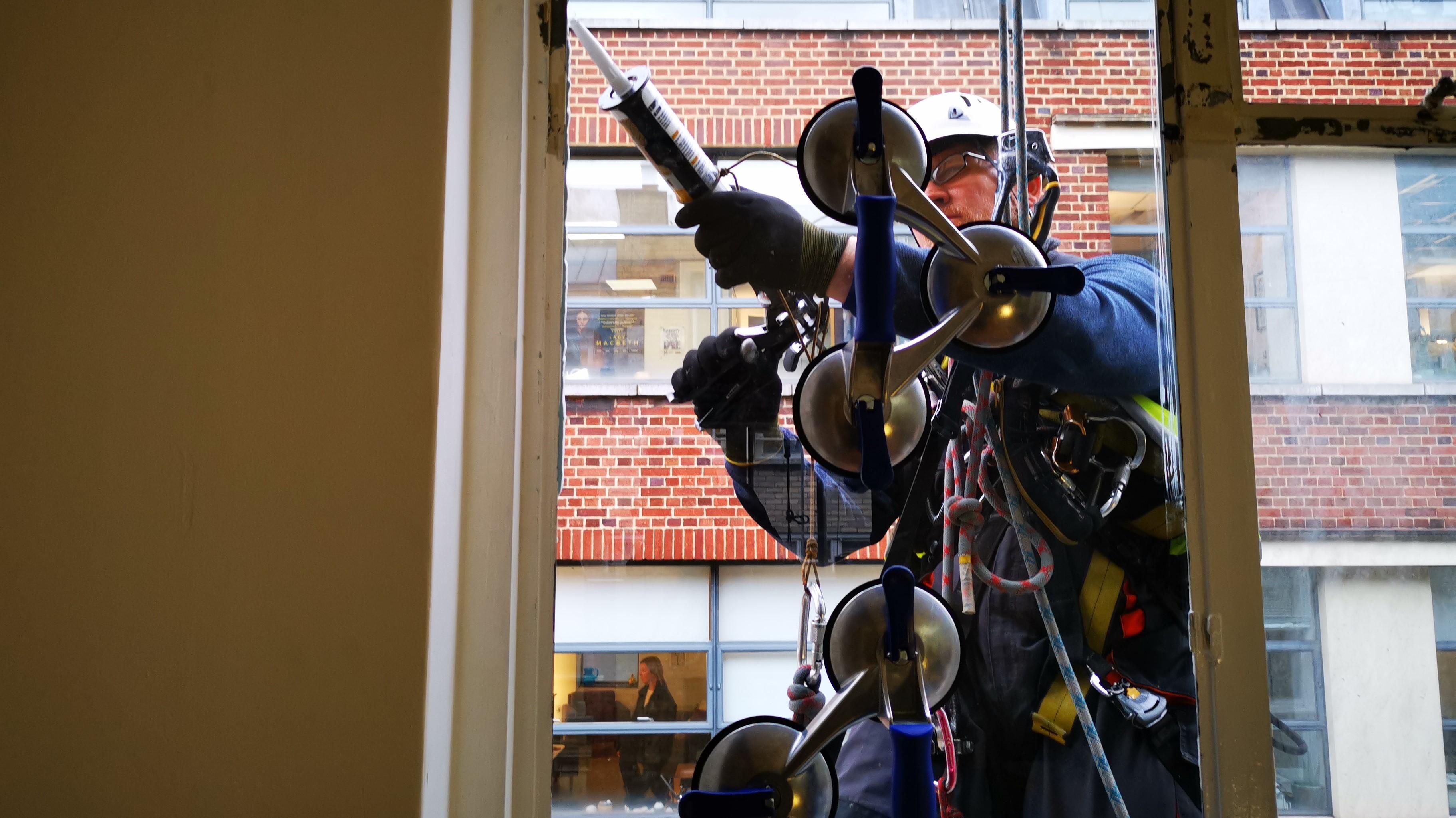rope access glazing mastic