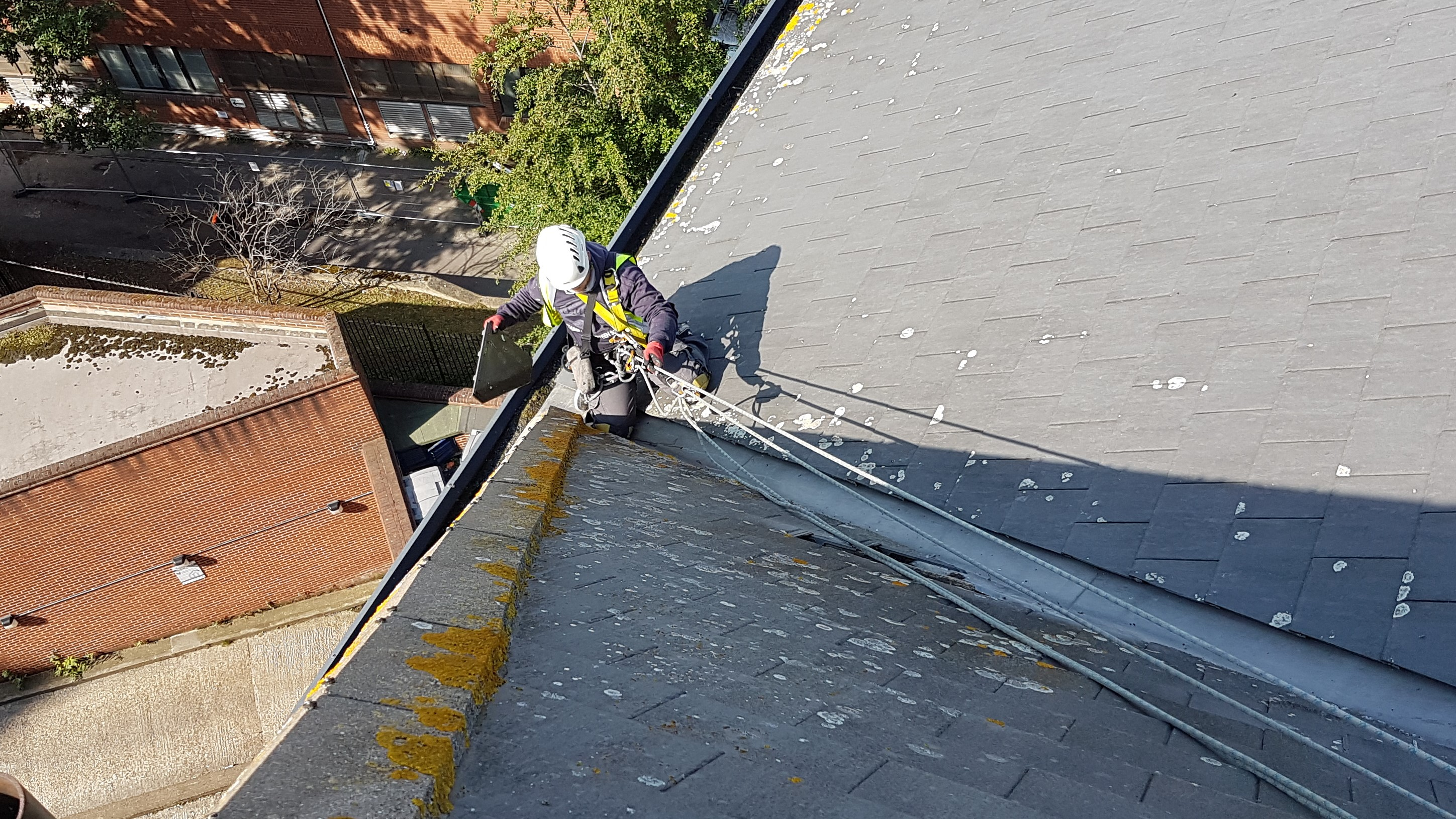 abseil roof maintenance