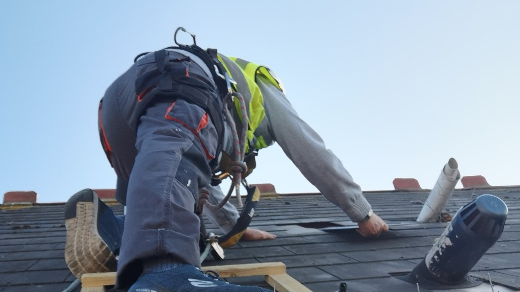 high level roof repairs
