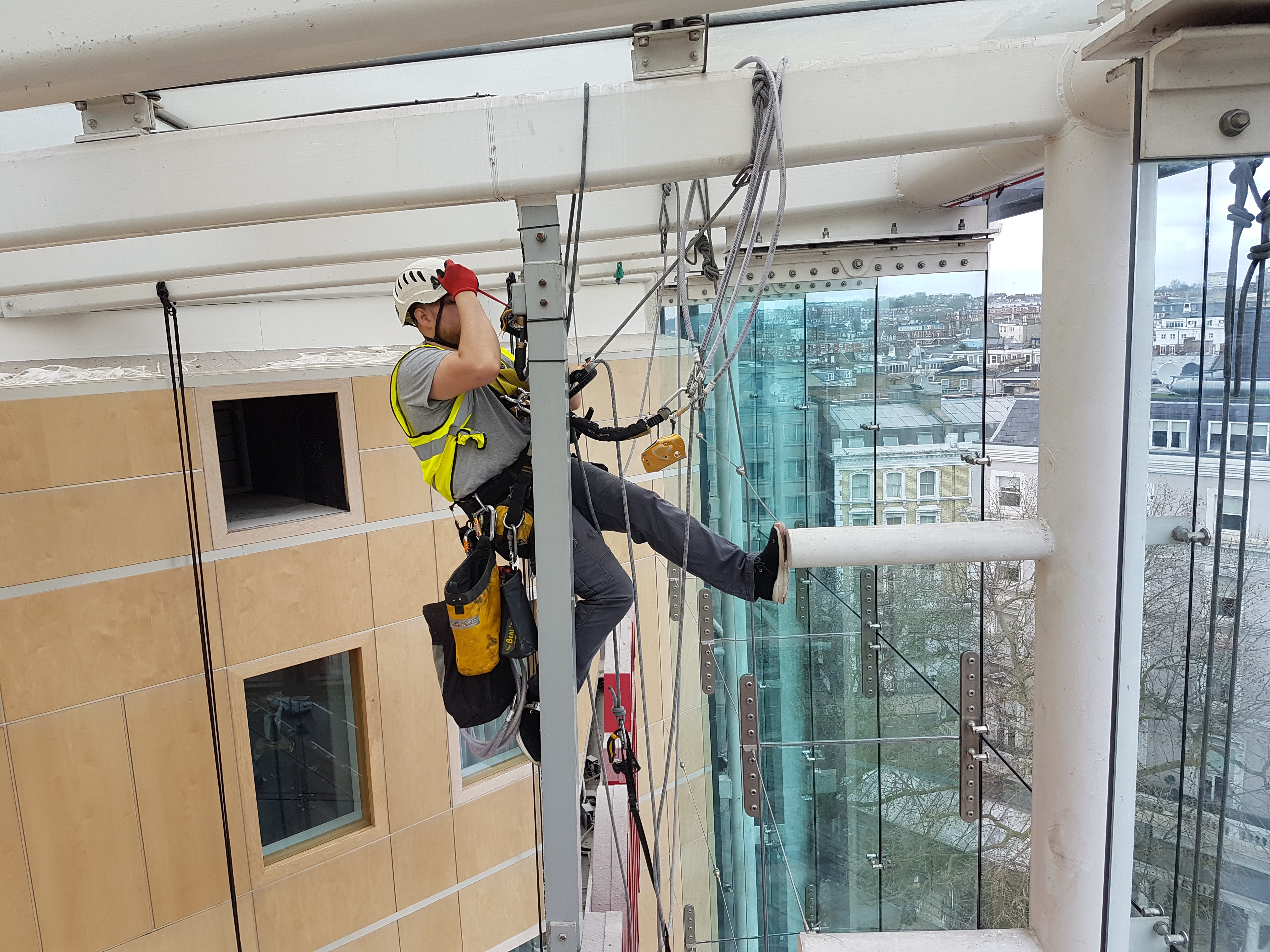 abseiling services