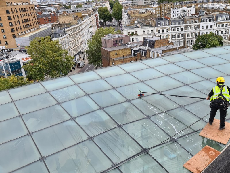 atrium window cleaning