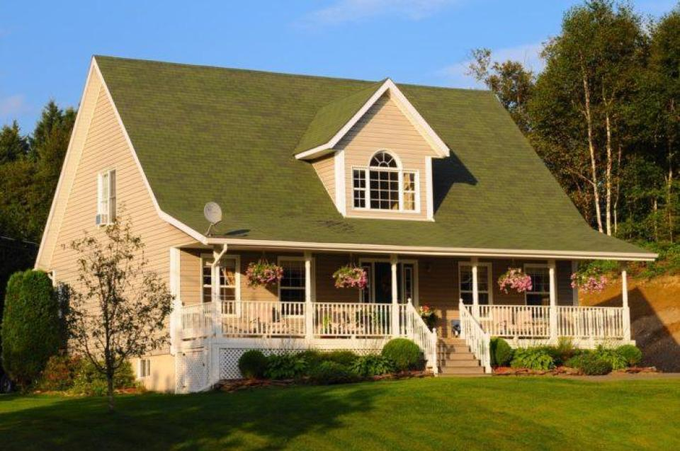 Hip Roof Vs Gable Roof Roofing Repairdaily