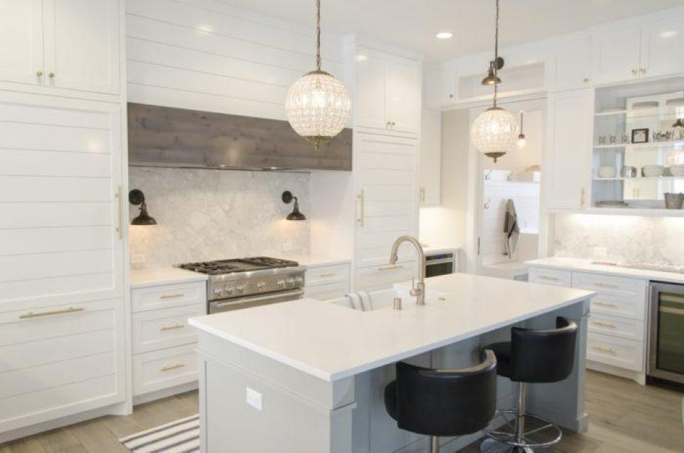 white themed kitchen