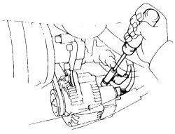 HowToRepairGuide.com: how to remove alternator on Toyota Hilux