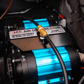 Agile compressor installed under the hood
