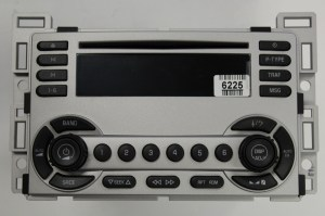 Equinox 20052006 CD XM ready radio 28033375 REMAN