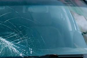 Advantage Auto Glass Mobile Auto Glass Windshield Installation Service