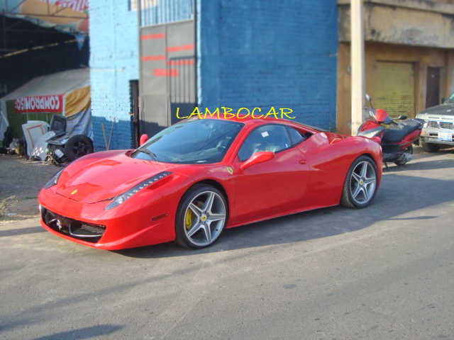 Ferrari 458 replica made in Mexico (3/6)