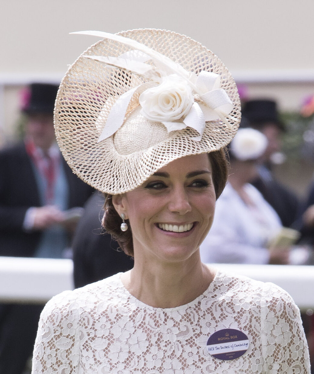 Image licensed to i-Images Picture Agency. 15/06/2016. Ascot, United Kingdom. The Duchess of Cambridge arriving on day two of  Royal Ascot, United Kingdom. Picture by Stephen Lock / i-Images