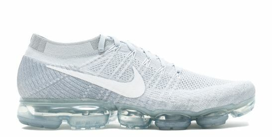 Nike Air 'VaporMax' flyknit trainers