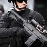 銃の可能性を拡張するアクセサリー