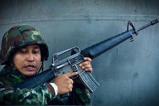 akと双璧をなすライフル m16 ミリタリーショップ レプマート