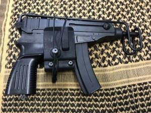 MP7用ホルスター2種 入荷
