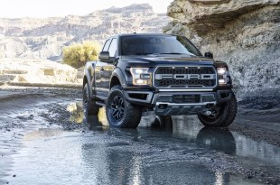 2017-Ford-F-150-Raptor-puddle