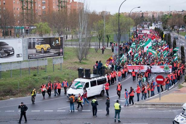 La marche de la dignité approchant de Madrid le 22 mars.
