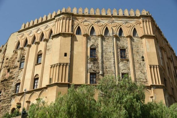 Façade du palais arabo-normand