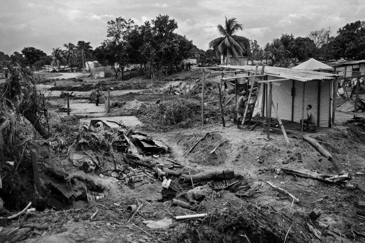 Panorama de la destrucción en La Playita de Chamelecón. Foto: Nicolò Filippo Rosso