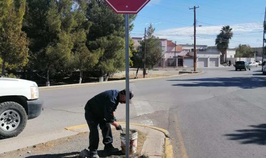 Seguridad Vial, instala señalizaciones