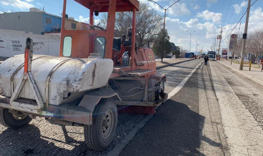 Comienzan trabajos de repavimentación de la calle Mitla
