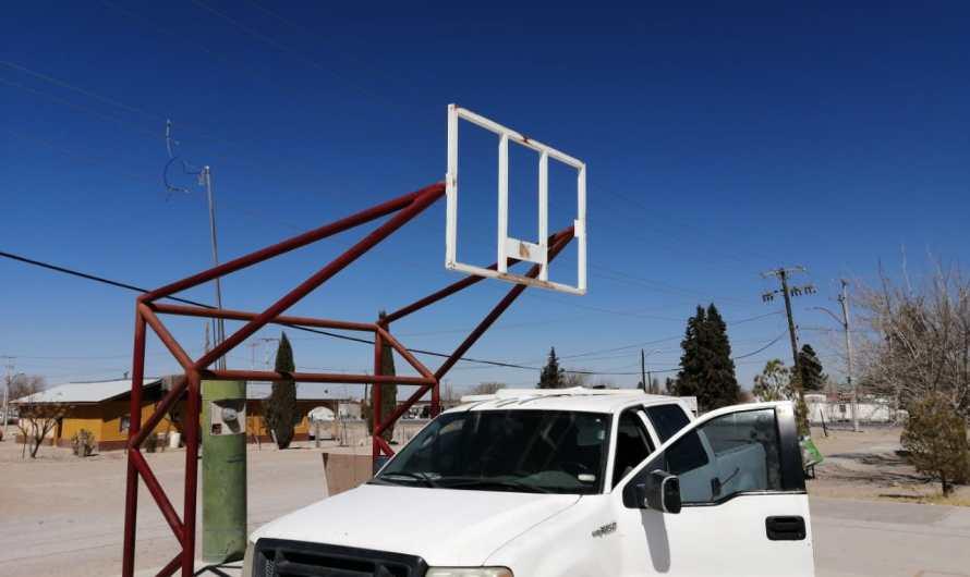 Rehabilitan espacios deportivos en El Millón y se entregó equipo de primeros auxilios