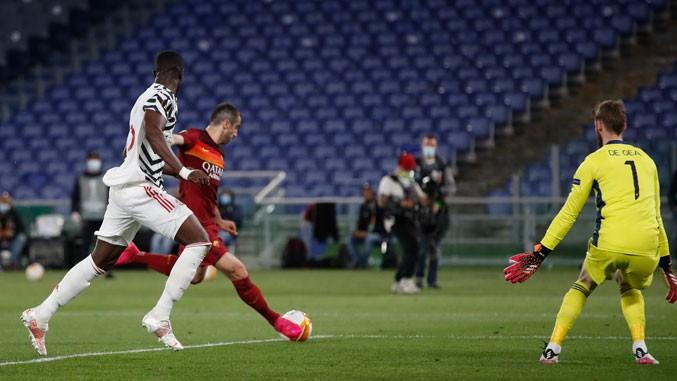 Mančester junajted i Viljareal u finalu Lige Evropa