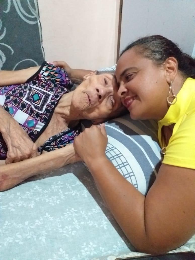 Dona Severina vivia na companhia da familia