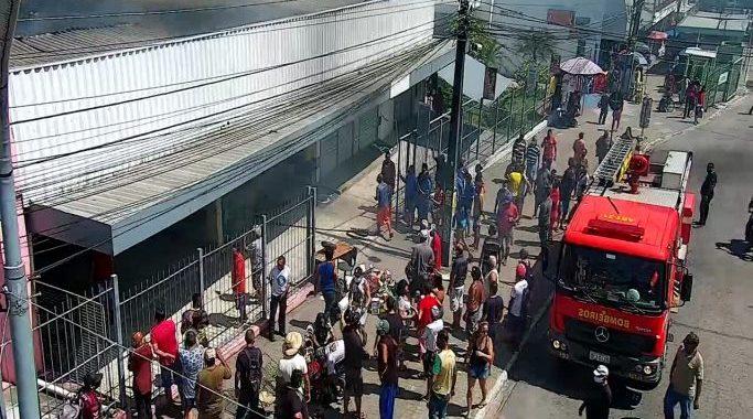 incendio-shopping-popular-varadouro-joao-pessoa-120621-683x388