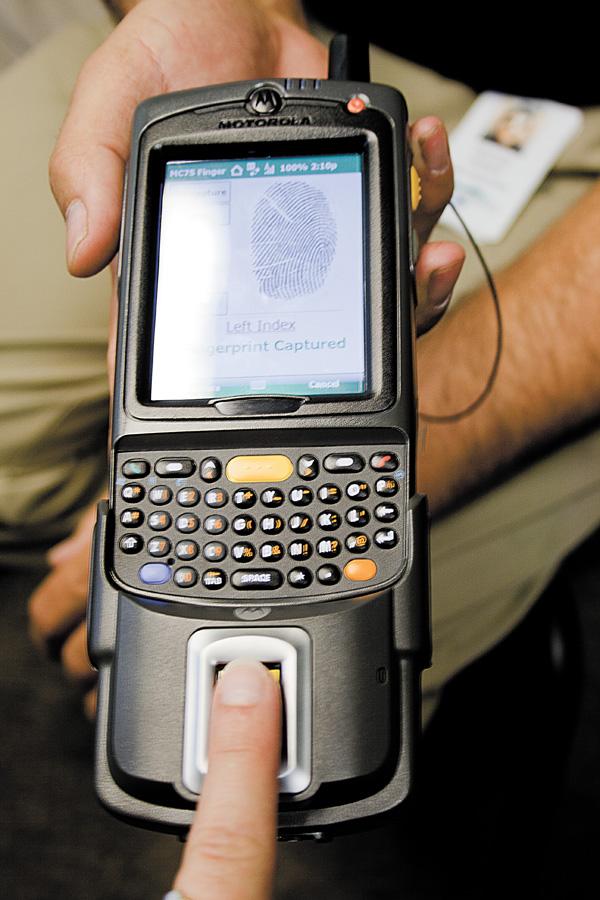 new police fingerprint scanners