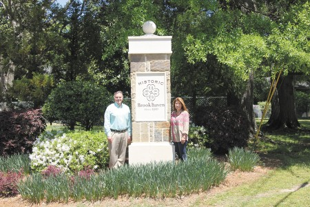 Frank Clementi, president of the Historic Brookhaven Neighborhood Association, left, and Lisa Martinez, president-elect.