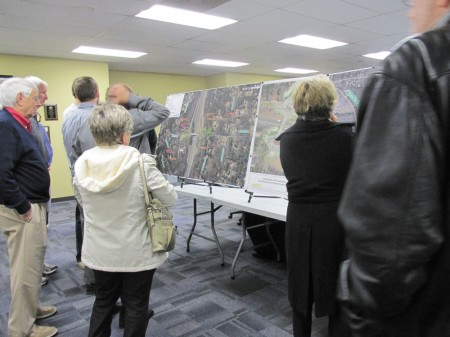 GDOT held a workshop at Sandy Springs City Hall on March 25 to educate residents about the planned roundabouts for Riverside Drive's I-285 interchange.