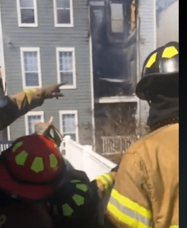 DeKalb County Fire and Rescue battle a 2-alarm fire on Feb. 19 at a Brookhaven apartment complex. (Via Twitter)