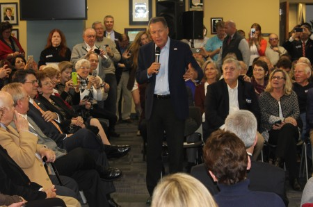 Ohio Gov. John Kasich speaks during a Feb. 23 town hall for his presidential campaign at Sandy Springs City Hall. (Photo John Ruch)